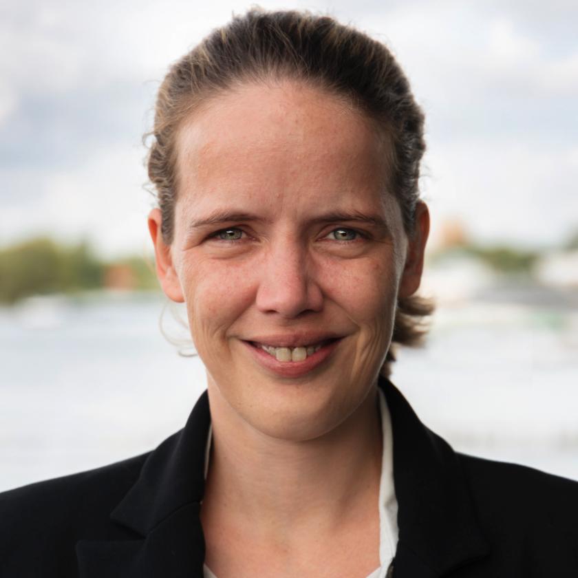 Lonneke Schönfeldt